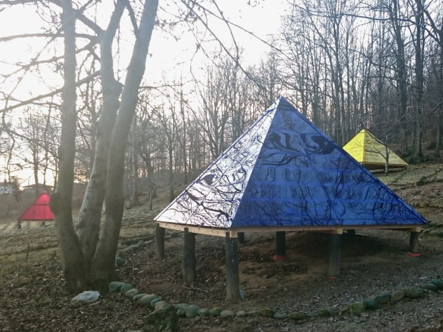 Le Piramidi nel bosco